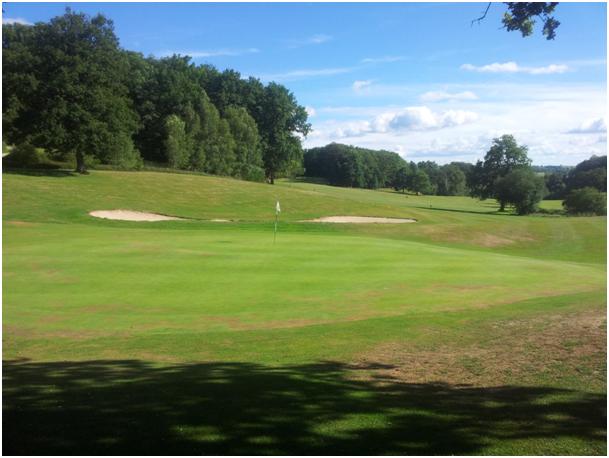Le golf près de Laguiole, tourisme vert en Aubrac